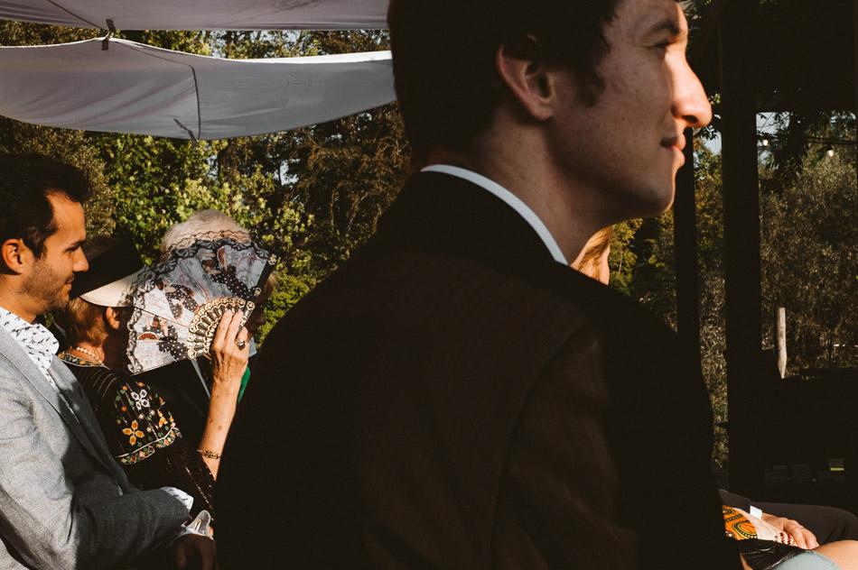 Goście w podczas plenerowego ślubu humanistycznego w Dolinie Cedronu
