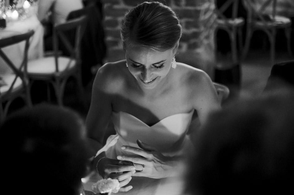 Panna młoda podczas wesela w Dolinie Cedronu