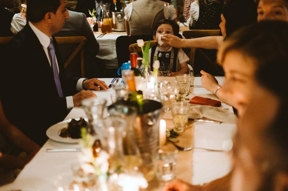 Dzieci na weselu w Dolinie Cedronu